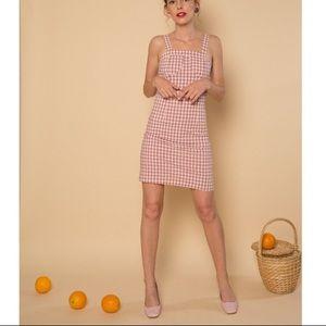 Dresses & Skirts - NWOT Petite Studio NYC pink gingham dress